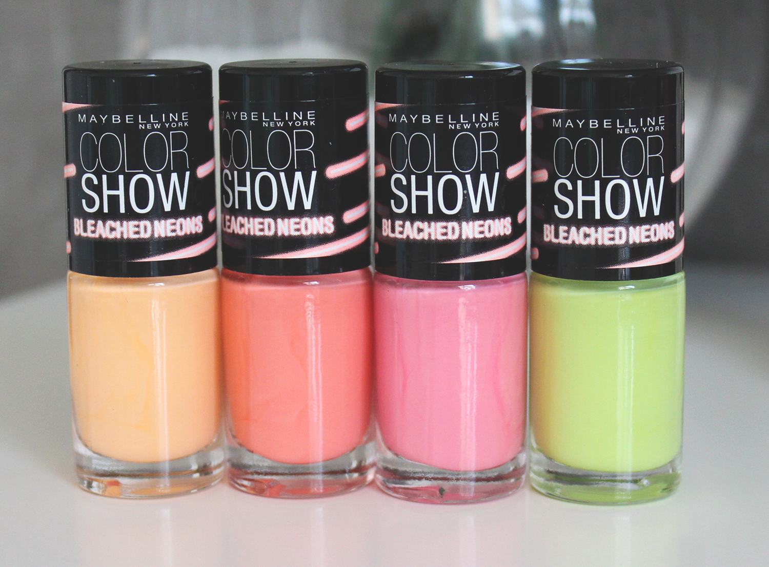 vernis color show bleached neons maybelline 380 - Vernis Color Show